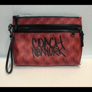 Coach Carryall Pouch w/ Horse and Carriage Print